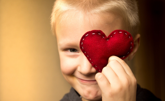8 Thoughtful Family Acts of Kindness For Valentine's Day